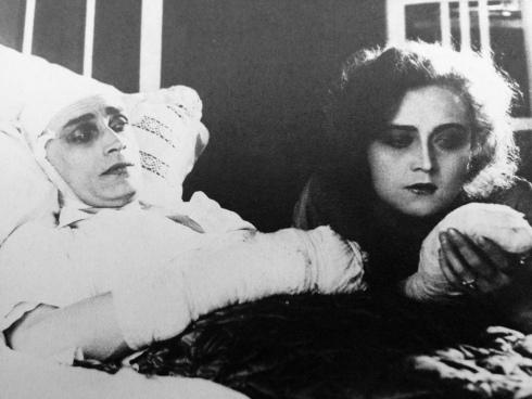 the-hands-of-orlac-1924-conrad-veidt-alexandra-sorina