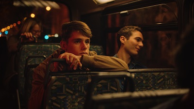 Nicolas Bauwens (Jonas ado)_Tommy-Lee Baïk (Nathan)_Bus_©ecdl